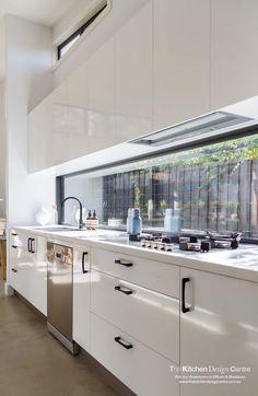 Open Plan Kitchen Living Room, Kitchen Room Design, Home Room Design, Kitchen Cabinet Design, Modern Kitchen Design, Home Decor Kitchen, Interior Design Kitchen, New Kitchen, Kitchen Cabinetry