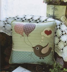 Items similar to PDF Pattern Ebook Bird Pillow Cushion Case sewing applique handmade on Etsy Applique Cushions, Cute Cushions, Cute Pillows, Sewing Pillows, Diy Pillows, Decorative Pillows, Sewing Appliques, Applique Patterns, Applique Designs