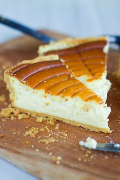 Tarte au fromage blanc (cheesecake from Alsace) - in French Sweet Recipes, Cake Recipes, Snack Recipes, Dessert Recipes, Breakfast Dessert, Eat Dessert First, Protein Smoothies, No Cook Desserts, Delicious Desserts