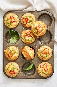 Mini Pie Recipes, Muffin Tin Recipes, Baking Recipes, Pizza Recipes, Bread Recipes, Savory Muffins, Savory Snacks, Savoury Dishes, Savoury Recipes