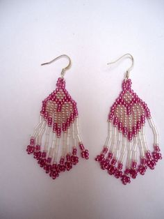 Beaded dangling earrings in two shades of pale lilac and clear