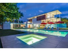 This Siesta Key modern principal residence has SOLD, designed by award-winning architect Guy Peterson using the principles of the Sarasota School of Architecture the home was a great match for the new owners.  View other Siesta Key homes http://www.michaelsaunders.com/siesta-key-real-estate/ #Sarasota #SiestaKey #GuyPeterson