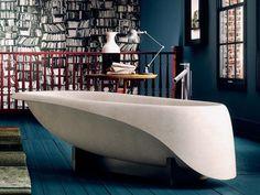 Bañera independiente de Ductal® CONCRETE SOFT by Glass 1989 diseño Gigi Rossi