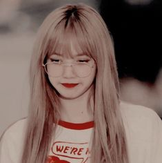 Queenpink 💖 [icons and wallpapers] Kpop Aesthetic, Aesthetic Photo, Aesthetic Pictures, Aesthetic Grunge, Kpop Girl Groups, Korean Girl Groups, Kpop Girls, Kim Jennie, Forever Young