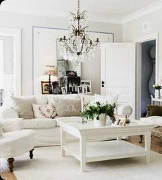 63 New Ideas Living Room Decor Glam Benches Rustic Living Room, French Country Living Room, Living Room Orange, Furniture, Modern Room, Glam Living Room, Shabby Chic Room, Coffee Table, Room Decor