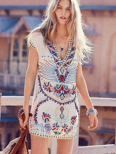 Antik Batik Echoing Ella Beaded Dress at Free People Clothing Boutique // boho dress Hippie Style, Estilo Hippie Chic, Mode Hippie, Hippie Look, Look Boho, Gypsy Style, Bohemian Style, Boho Chic, Bohemian Print