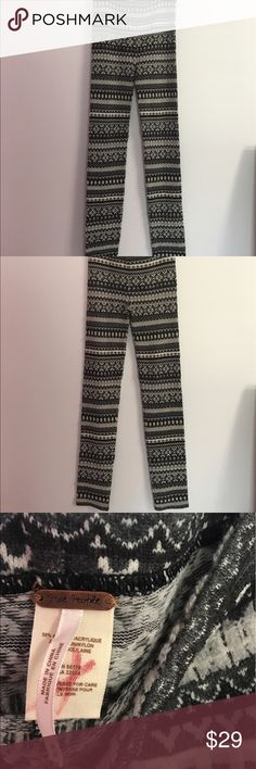 Free People Striped Ruffle Lace Leggings Wool Wool blend leggings. Size M. Geometric Tribal Print. High Rise. 50% Acrylic. 28% Nylon. 22% Wool. Inseam: 31.5. Rise: 10. Free People Pants