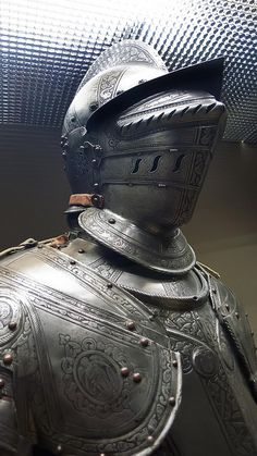 Pinner before: Closeup of Half armor made in Brescia Italy the principal supplier of the Republic of Venice 1580 CE etched and blackened steel by mharrsch. Knight In Shining Armor, Knight Armor, Medieval Weapons, Medieval Knight, Arm Armor, Body Armor, Republic Of Venice, Good Knight, Ancient Armor