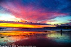 Copyright © 2014 FabianLewkowicz.com Santa Monica beach at sunset on Friday, January 31, 2014.