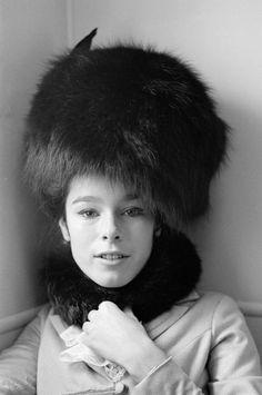 Geraldine Chaplin in Doctor Zhivago. No estuvo mal. de sus mejores actuaciones...