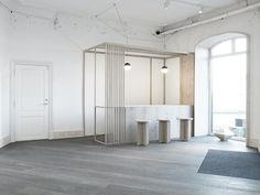 architecture dinesen showroom copenhagen // via beeldsteil