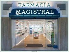 http://retaildesignblog.net/2015/11/03/magistral-pharmacy-by-marketing-jazz-murcia-spain/