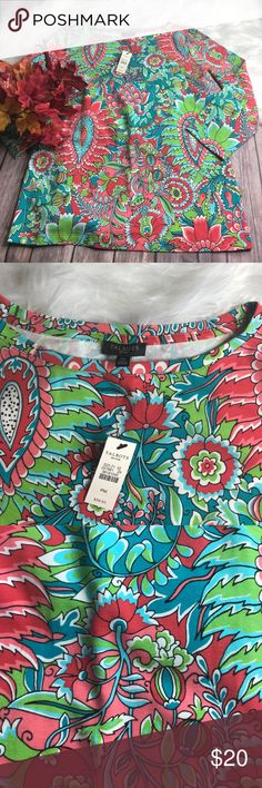 "Talbots Women's 3/4 Sleeve Petite Top Medium Great Condition NWT Armpit to Armpit 18"" Length 23"" Talbots Tops Tees - Long Sleeve"