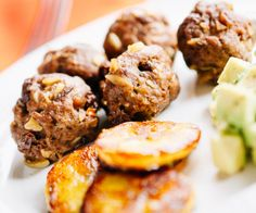 Inspired by the pastel palette and tropical rhythms of Cuba, these meatballs are lush with sweet raisins, briny black olives, and savory blanched almonds. http://stalkerville.net/ #paleo