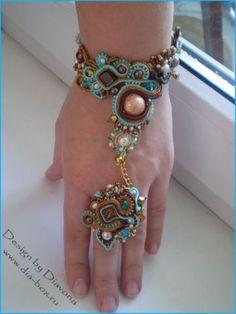 Soutache (cord) jewelry by Diavona Soutache Bracelet, Slave Bracelet, Soutache Jewelry, Beaded Jewelry, Beaded Bracelets, Ring Bracelet, Hand Jewelry, Jewelry Art, Jewelry Design