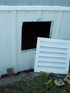 Mobile Home Skirting Vents & Doors Mobile Home Redo, Mobile Home Repair, Mobile Home Living, Mobile Home Decorating, Decorating Ideas, Mobile Home Renovations, Remodeling Mobile Homes, Home Upgrades, Home Remodeling
