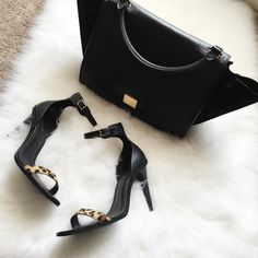Today's combo [ #Celine bag from @joebrandstores and @zara heels ] #spanglishfashion by spanglishfashion