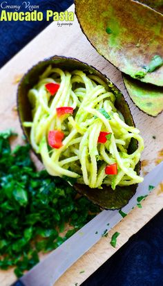 Vegan Creamy Avocado Pasta | giverecipe.com | #pasta #spaghetti #avocado #avocadopasta #healthyrecipes #veganrecipes #veganpasta #vegetarianrecipes