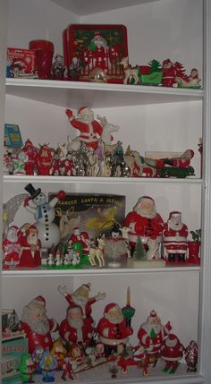 Vintage plastic Santa collection Z Vintage Christmas Photos, Antique Christmas, Vintage Christmas Ornaments, Retro Christmas, Christmas Images, Vintage Holiday, Christmas Figurines, Silver Christmas, Christmas Stockings