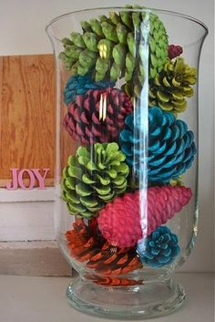 Colorful Holiday Decorating Ideas Photo 12