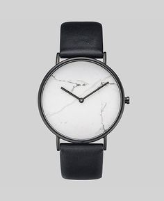 The Horse: White Stone / Black Leather