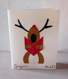 """Carte de bonne année représentant un renne du Père Noël en train de chanter """"Joyeux Noël !"""". Drink Sleeves, Train, Drinks, Happy New Year Message, Greeting Cards, Red Leaves, Drinking, Beverages, Drink"""
