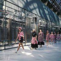 Modemerk Chanel bouwt catwalk om tot datacenter - http://cloudworks.nu/2016/10/05/modemerk-chanel-bouwt-catwalk-om-tot-datacenter/