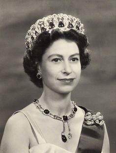 1957 photograph of Queen Elizabeth who still has the same hair style at the age of 88 yrs old.