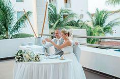 Excellence Playa Mujeres Wedding Photographer | Excellence Playa Resort | Destination Wedding Photographer | Taylor Sellers Photography excellence-playa-mujeres-Taylor-Sellers-Photography-Destination-Wedding-Photographer-45.jpg