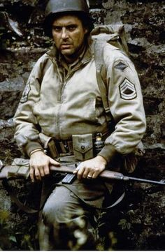 Tom Sizemore as Sgt. Mike Horvath in Saving Private Ryan