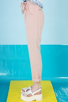 Linen Trousers Pale Pink http://www.thewhitepepper.com/collections/bottoms/products/linen-trousers-pale-pink