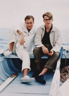 Jude Law and Matt Damon on the set of The Talented Mr. Ripley directed by Anthony Minghella, 1999