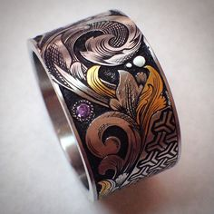Hand engraved with 24k inlay #gold #silver #ring #engraved #gem