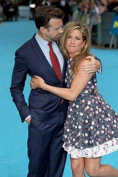 "Celeb Diary: Jennifer Aniston & Jason Sudeikis la premiera filmului ""We're the Millers"" in Londra"
