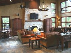 East Texas Lakehouse
