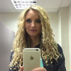 Apologise, but, Dr suzannah lipscomb