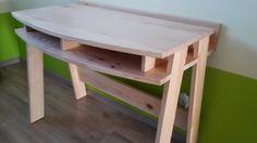 Un bureau par GrandJu - Mon fils fait cette année sa rentrée en CP. Pour l'occasion, j'ai eu envie de marquer le coup et de lui faire un bureau en bois. Ce sera l'une de mes premières réalisations qui j'espère sera suivie de...
