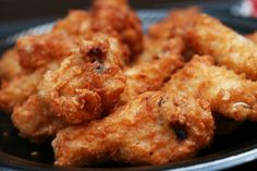 Among hundreds of picnic food ideas, chicken is one Picnic Chicken Recipe, Crispy Chicken Recipes, Chicken Drumstick Recipes, Campbells Recipes, Picnic Foods, Easy Pasta Recipes, Eat, Cooking, Chicken Noodles