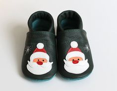 Santa Claus Leather Baby Booties Baby Shoes Christmas by Hopphopp