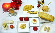 #LUNCH  11 piezas saladas y 2 dulces 18,50€ por persona http://celebrandoencasa.com/servicios/catering/selection.html