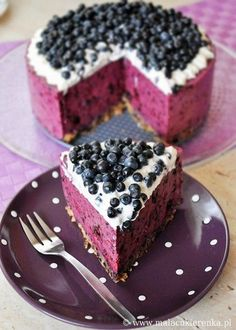 Food, food and more food / Blueberry cheesecake >> This is so pretty!  @Amanda Copley would love to make this for me I bet?!  LOL!