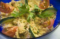 Babaghanoush - Auberginenpüree Babaghanoush- Eggplant Cream http://www.vivalasvegans.de/rezepte/dips-aufstriche/babaghanoush-auberginenp%C3%BCree/