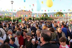 """Inaugurato il parco giochi del quartiere Capizzaglie. Il parroco con Tiziano Tosi: """"Adesso mantenetelo con cura"""""""