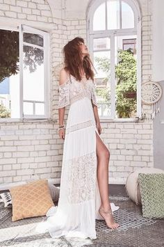 Free People Wedding Dress, Boho Wedding Dress, Boho Dress, Informal Wedding Dresses, Sophisticated Dress, Different Dresses, Boho Bride, Couture Dresses, Lace Sleeves