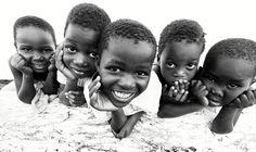 https://flic.kr/p/MNPbMb   Malawi, kids at the beach of Lake Malawi   A group of kids at the beach of Lake Malawi, Monkey Bay, Malawi.   Website: Dietmar Temps, photography Blog: Dietmar Temps, travel blog