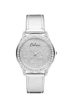 Page Silver is een nieuwe horloge van Colori. Leuke blingbling aan de rand en vanbinnen prachtige zilveren schakering. De horloge heeft een gespoten zilveren bandje met gesp en heeft een diameter van 37 mm.