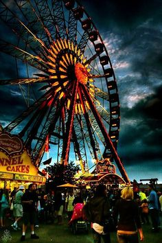 ❥ ferris wheel~ beautiful sky