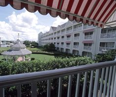 #Disney's Yacht Club Resort: one of #Orlando's best hotels with pontoon boats and a three-acre pool complex.