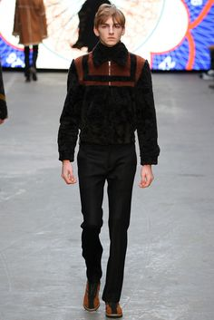 http://www.style.com/slideshows/fashion-shows/fall-2015-menswear/topman-design/collection/4