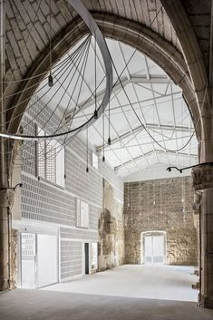 Galería de Santa María de Vilanova de la Barca / AleaOlea architecture & landscape - 1